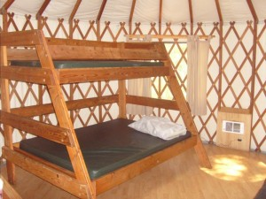 bunk bed Yurt D Champoeg